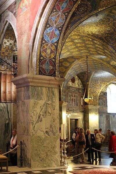 Innenarchitektur der Pfalzkapelle in Aachen