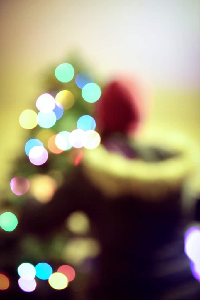 so wird ihr weihnachtsbaum zum kunstwerk. Black Bedroom Furniture Sets. Home Design Ideas