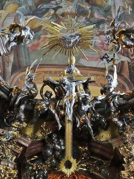 Barocker Gnadenstuhl im Chor der Asamkirche