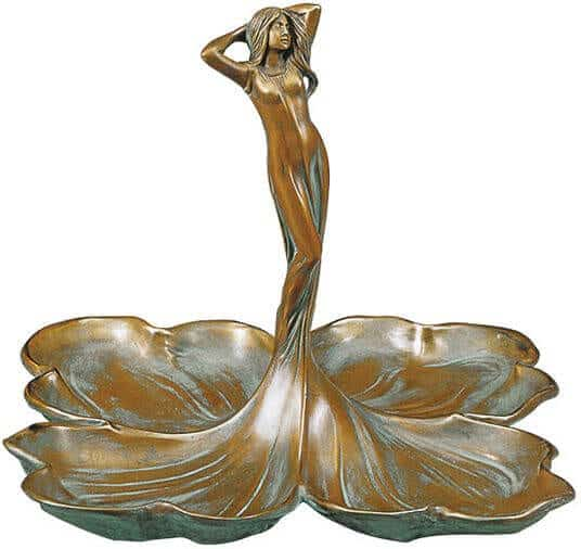 """Bronzeskulptur """"Donna con Petali"""" von Giovanna Venturi"""