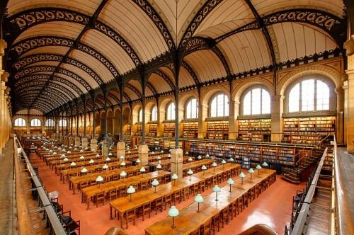 Leseraum der Bibliothèque Sainte-Geneviève, Paris