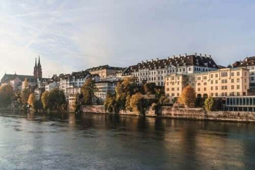Panorama Basel mit Münster © Basel Tourismus