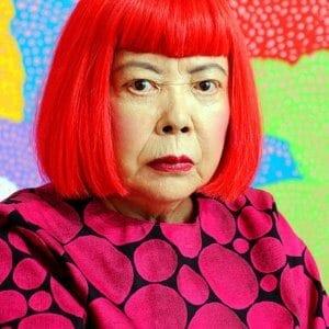 Yayoi Kusama: Eine Welt aus Kunst gebaut