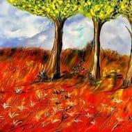 Rote Wiese mit drei Bäumen