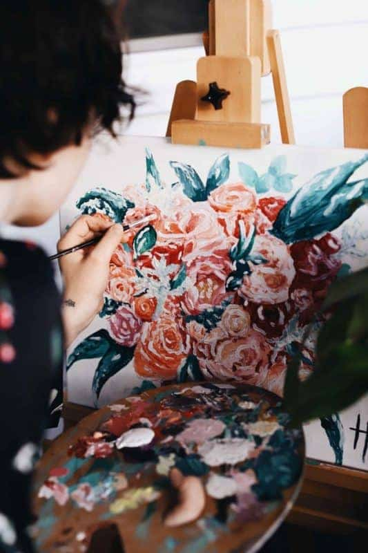 Blumen sind ein beliebtes Motiv beim Malen nach Zahlen