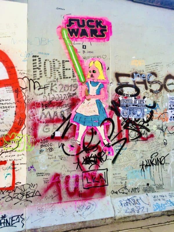 Street Art an der Berliner Mauer (East Side Gallery)