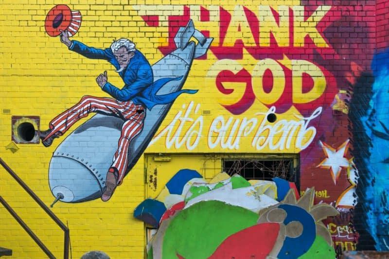 Uncle Sam bomb mural in Teufelsberg, Berlin