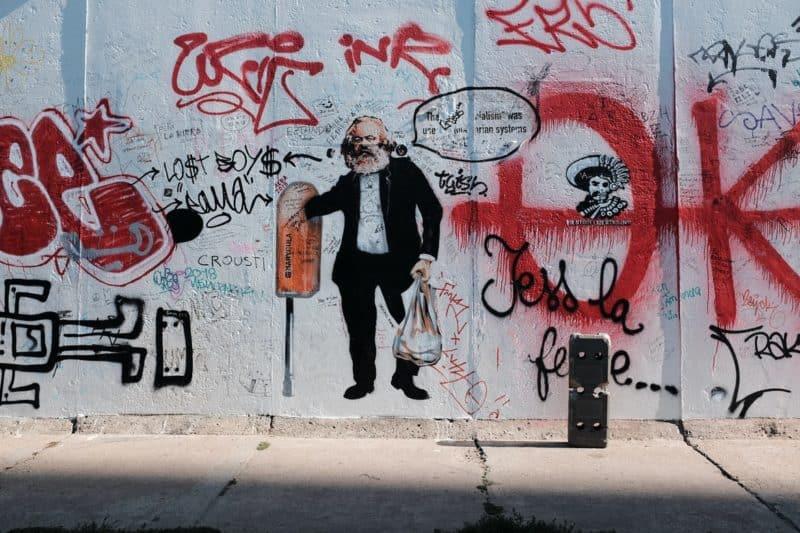 Sozialkritisches Urban Art Werk