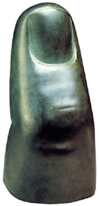 """Skulptur """"Der Kleine Finger der Bavaria"""" von Ludwig von Schwanthaler"""